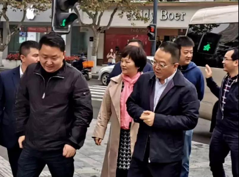 金牛区区委书记金城视察枣子巷中医文化特色街区