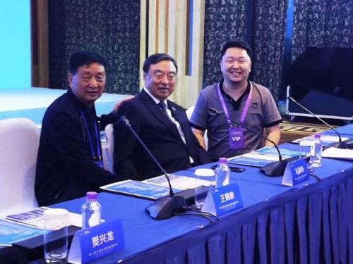 董事长程小波出席第八届中国企业家发展年会,共话2000万+城市机遇!
